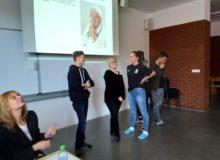 Gymnazisté v Pelhřimově řešili svá práva u lékaře